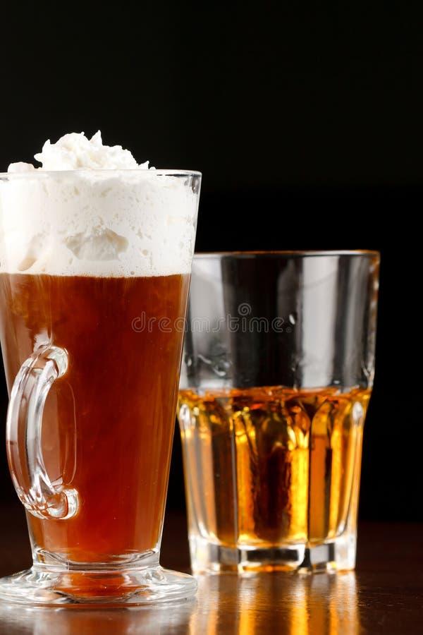 Z whisky irlandzka kawa zdjęcia stock
