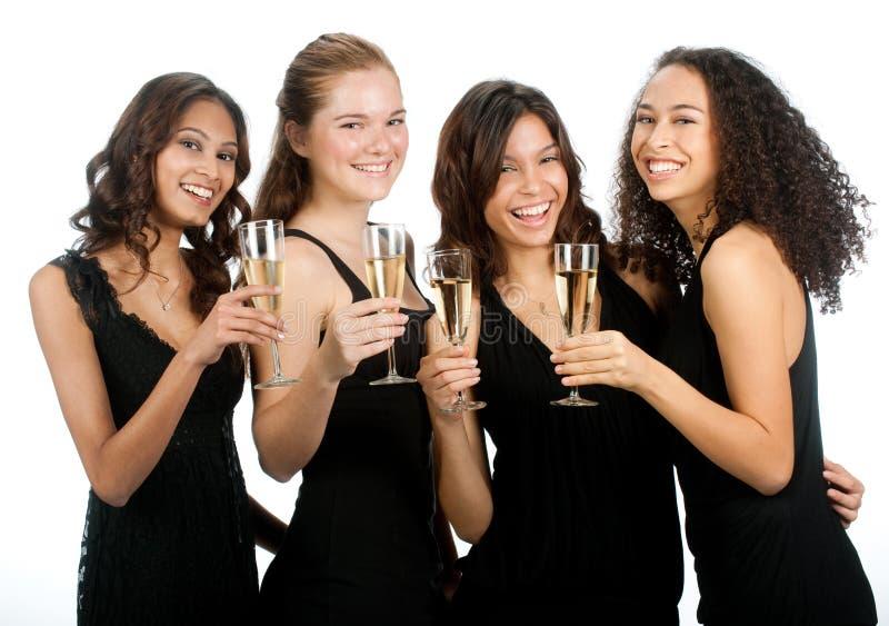 Z Wineglasses różnorodni Nastolatkowie zdjęcie royalty free