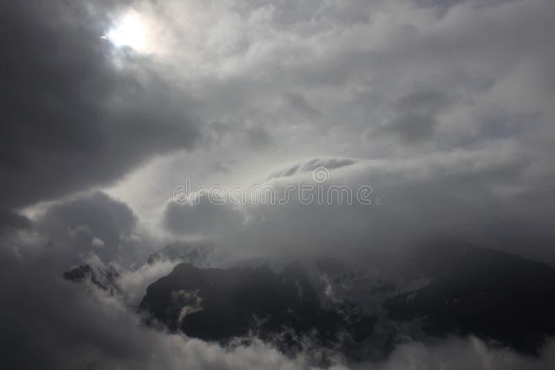 Zaćmienie nad Robson zdjęcie royalty free