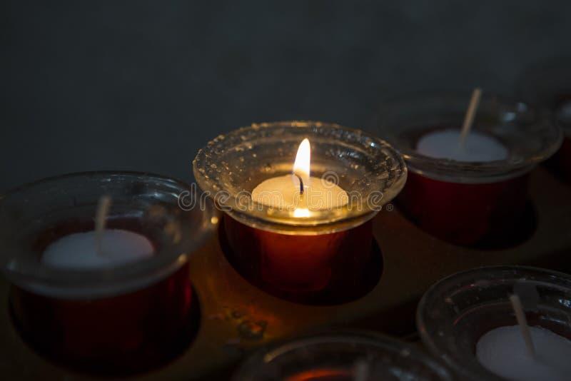 zaświecająca świeczka zdjęcie stock