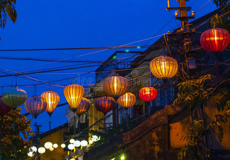 Zaświecający lampion w nocy - Wietnam obrazy royalty free