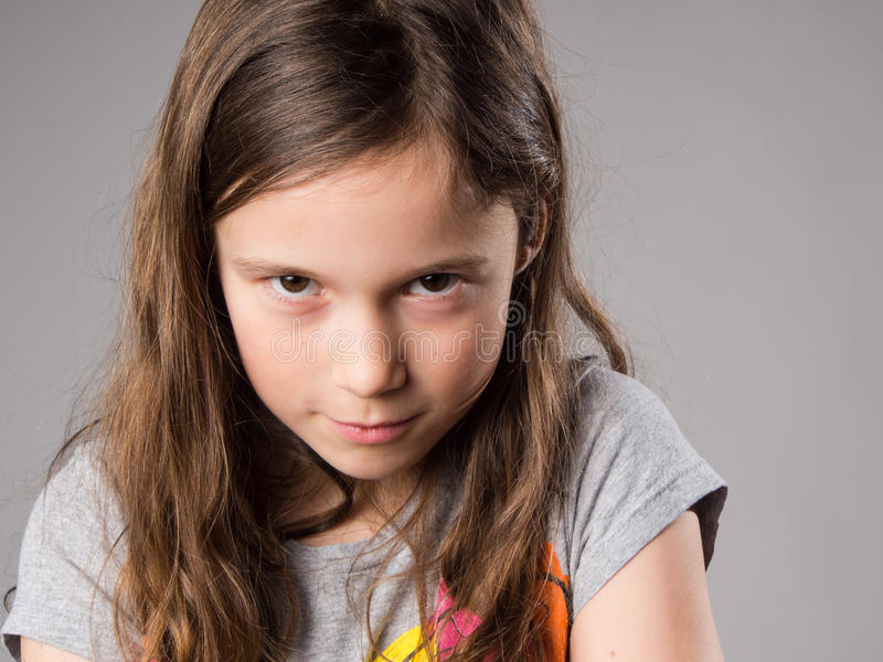 Zażarta mała dziewczynka zdjęcia stock