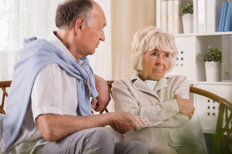 Zażarta starszej osoby żona zdjęcia stock