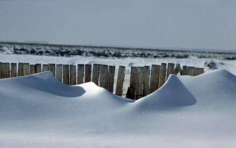 za 1 ogrodzenie dryfu śniegiem zdjęcie royalty free