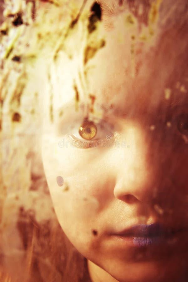 za dziewczyny brudnym szkłem fotografia royalty free