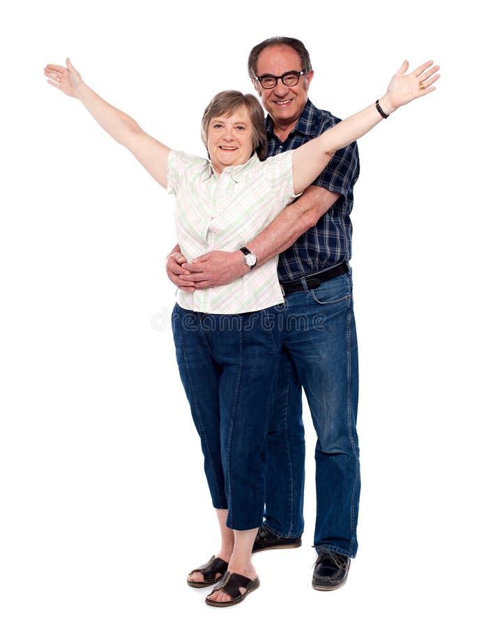 za jego przytulenia mężczyzna żoną fotografia royalty free