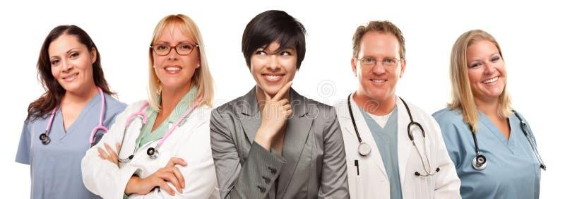za lekarek wieloetniczną pielęgniarek kobietą obrazy stock