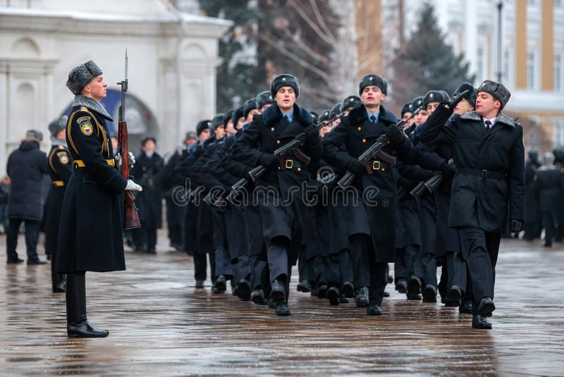 Za paradą Prezydencki pułk usługa Moskwa Kremlin's Commandant fotografia royalty free