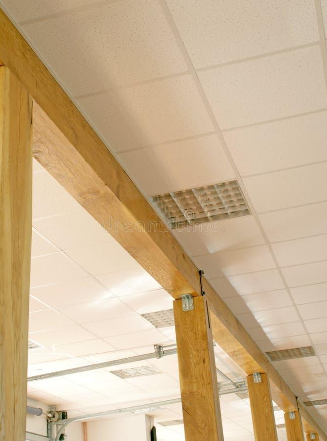 Zaal met houten pillars_canopy royalty-vrije stock foto's