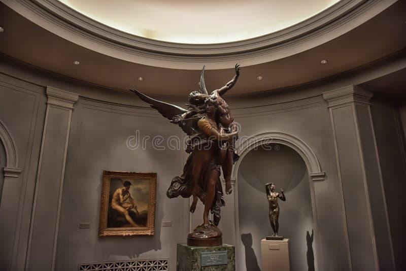 Zaal met kunstwerken, beeldhouwwerk, Nationale kunstgalerie Washington stock foto