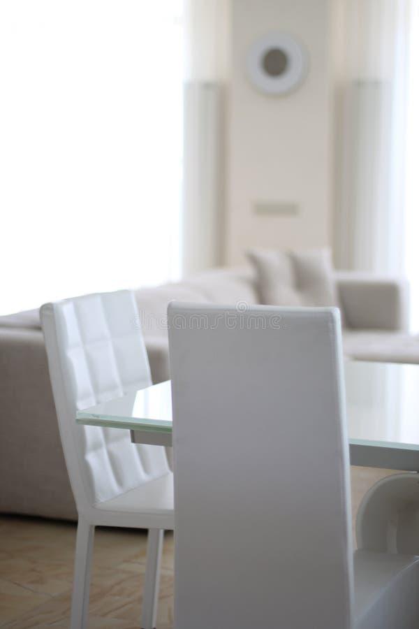 Zaal met wit meubilair royalty-vrije stock foto's