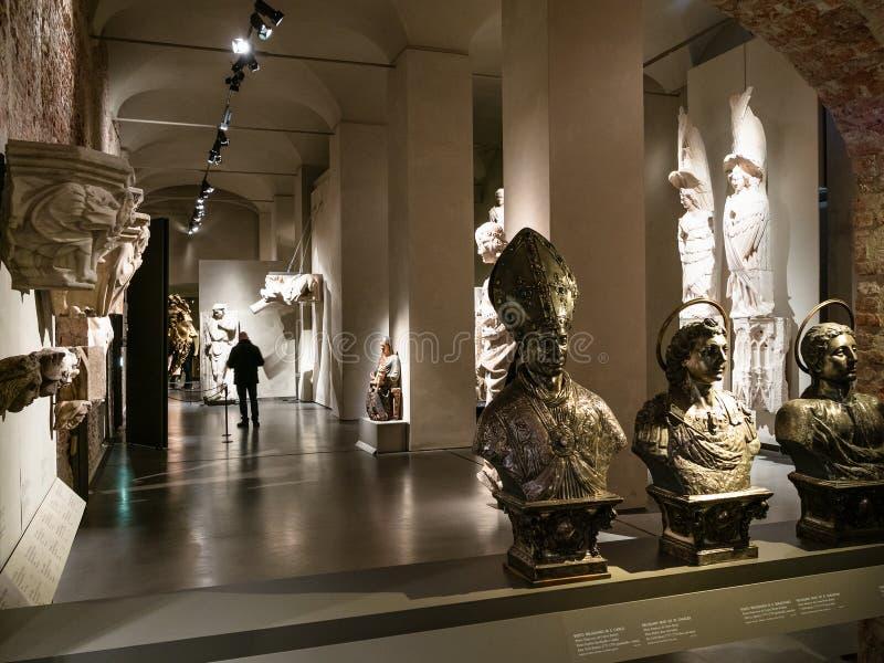 Zaal in Museum van Duomo van Milaan stock fotografie