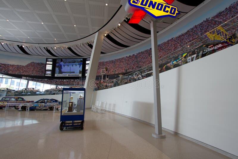 Zaal NASCAR van het Opgeheven Spoor van de Bekendheid Museum stock foto's