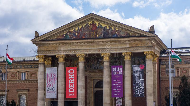 Zaal van kunst aan de vierkante kant van de helden van Boedapest royalty-vrije stock afbeelding