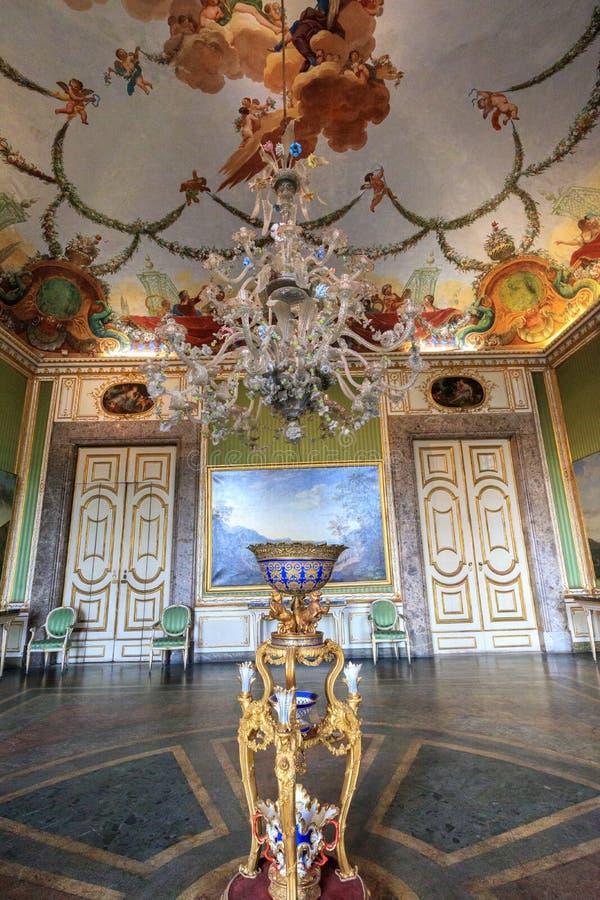 Zaal van Oud Reggia-Di Caserta in Italië stock foto's