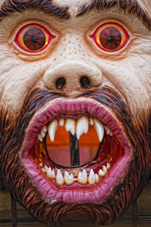 Zabawa jarmarku Luna parka potwora Karnawałowa maska obraz stock
