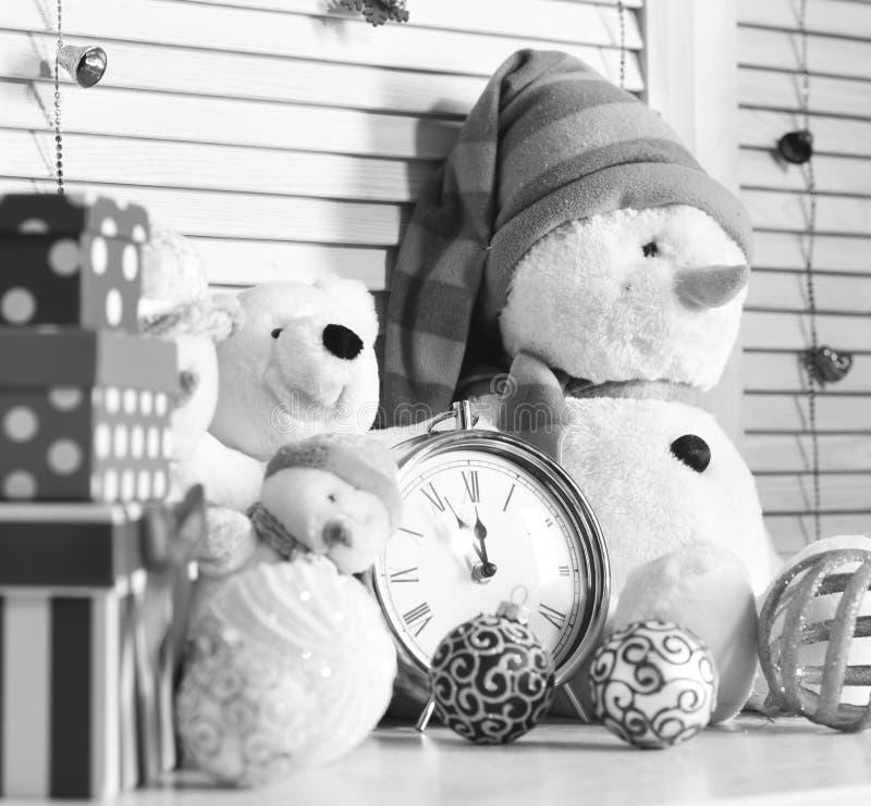 Zabawek i choinki piłki w zakończeniu up, selekcyjna ostrość fotografia royalty free