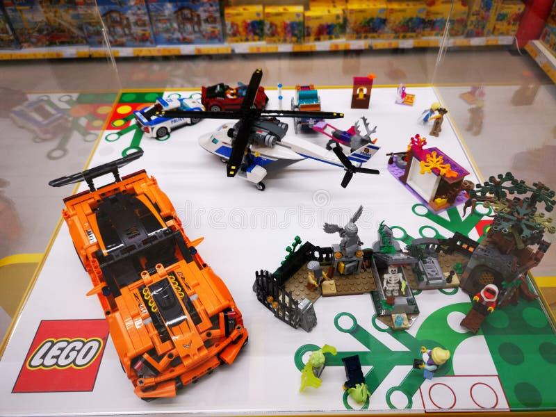Zabawki Lego dla dzieci - kolorowe małe przedmioty fotografia stock