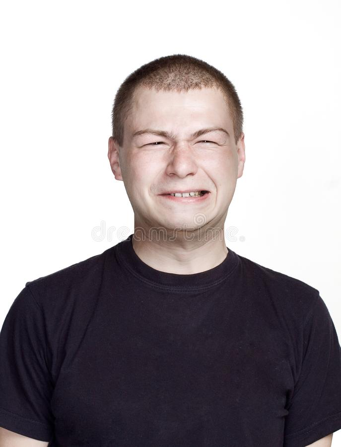 zabawna twarz Portret m?ody cz?owiek z wyrazem twarzy zdjęcie royalty free