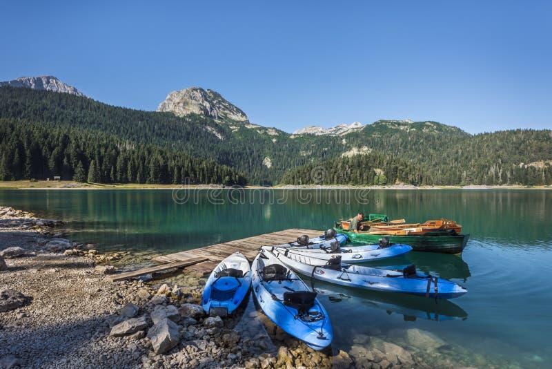 ZABLJAK, MONTÉNÉGRO - 8 AOÛT 2017 : Lac noir en parc national de Durmitor photo stock