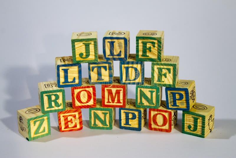zablokuj drewnian? alfabet obrazy royalty free