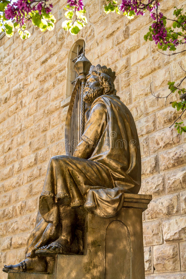 Zabytek królewiątko David z harfą w Jerozolima obraz royalty free