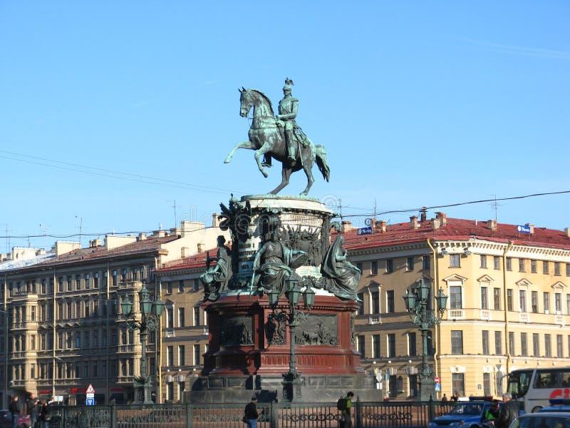 Zabytek Nicholas wyprostowywałem na St Isaac ` s kwadracie w St Petersburg, otwierałem w 1859 zdjęcie stock