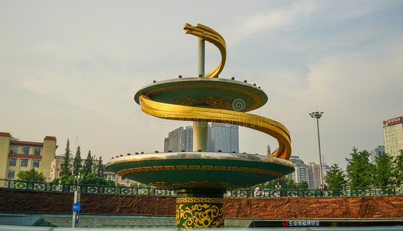 Zabytek przy miasto kwadratem w Chengdu, Chiny obraz stock