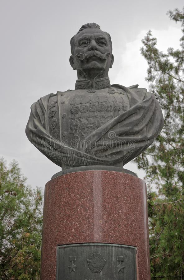 Zabytek Semyon Budyonny na Pushkinskaya ulicie w jesieni zdjęcia stock