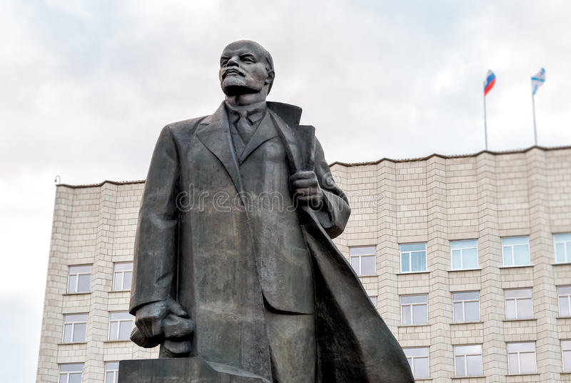 Zabytek Vladimir Lenin na Lenin kwadracie w Arkhangelsk, Rosja obraz royalty free