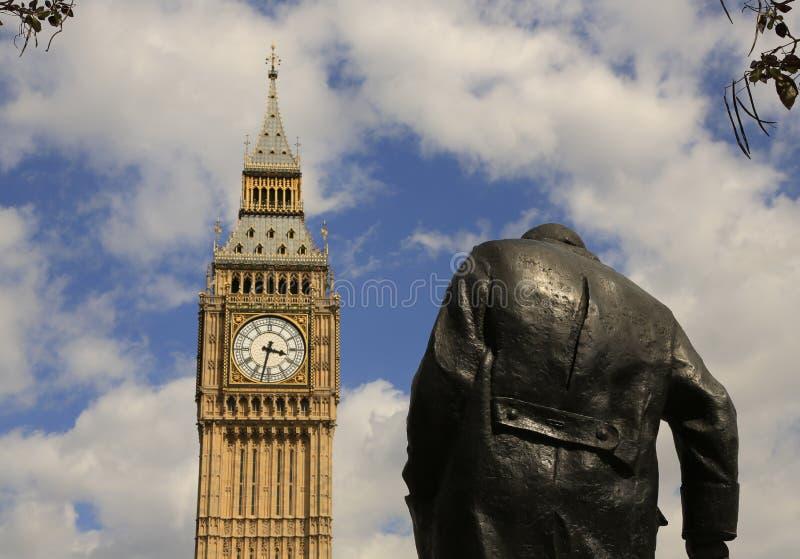 Zabytek Winston Churchill Londyn i big ben, UK zdjęcie royalty free