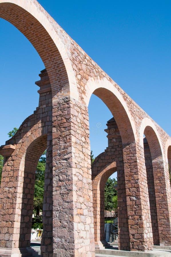 zacatecas Мексики мост-водовода стоковые фотографии rf