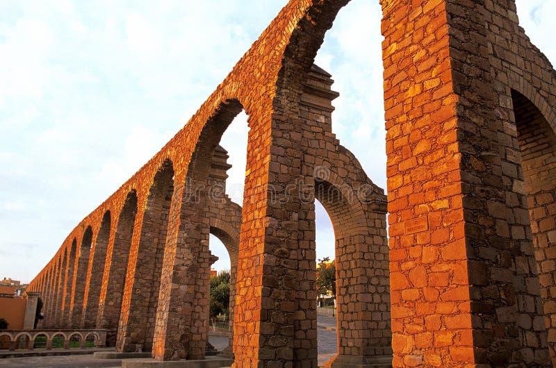 zacatecas Мексики мост-водовода стоковые изображения