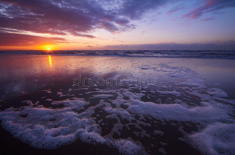 zachód słońca na plaży obraz stock