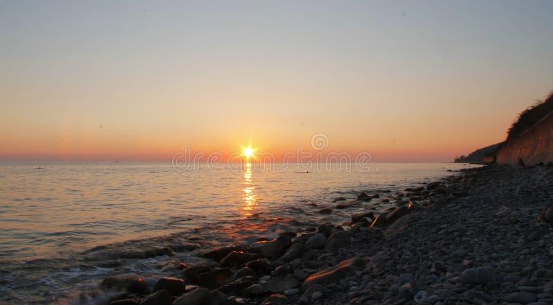 zachód słońca nad morza czarnego równo Czarny denny nadmorski fotografia stock