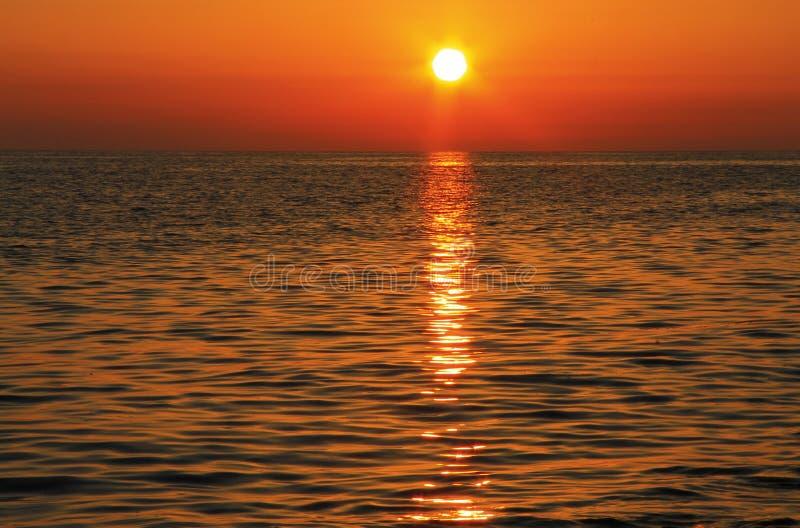 zachód słońca nad morza czarnego równo Czarny denny nadmorski zdjęcie royalty free
