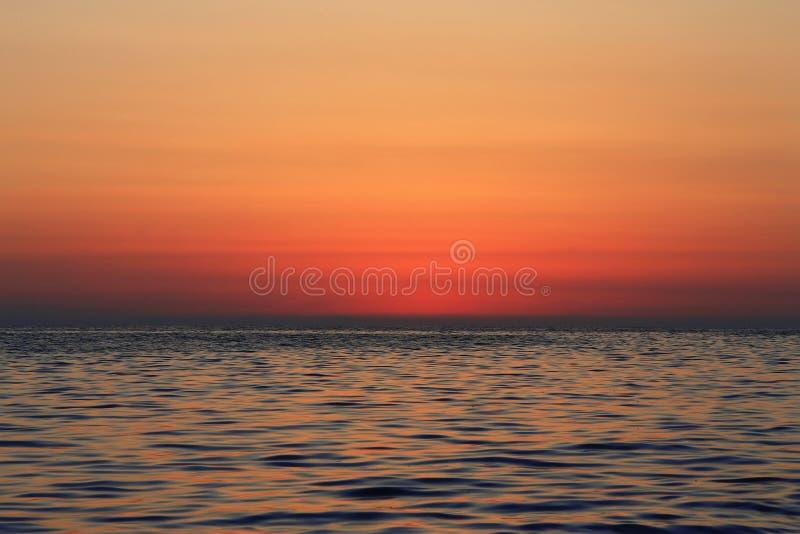 zachód słońca nad morza czarnego równo Czarny denny nadmorski obraz royalty free