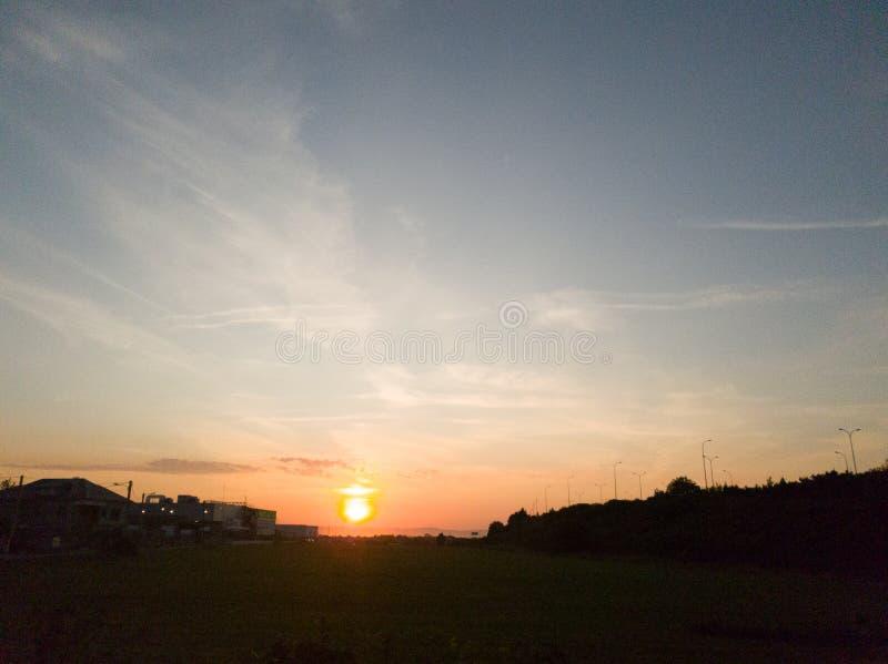 Zachód słońca nad niebem obraz royalty free