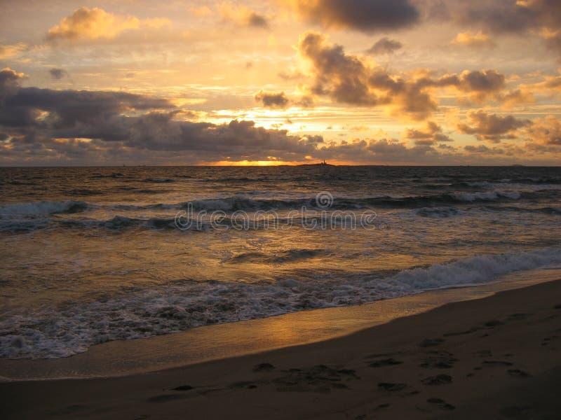 zachód słońca nad ocean zdjęcie stock