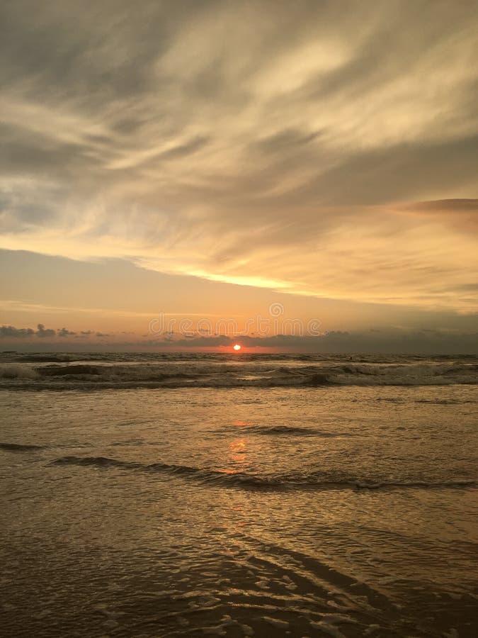 zachód słońca nad ocean obraz stock