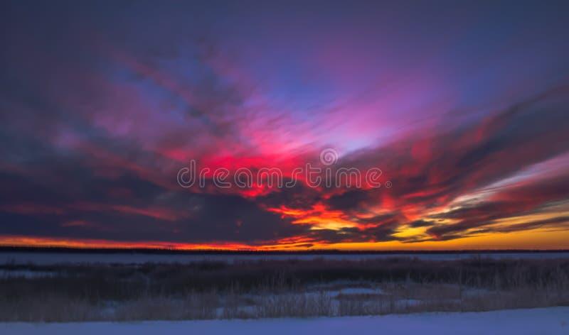 zachód słońca nad rzeką fotografia royalty free