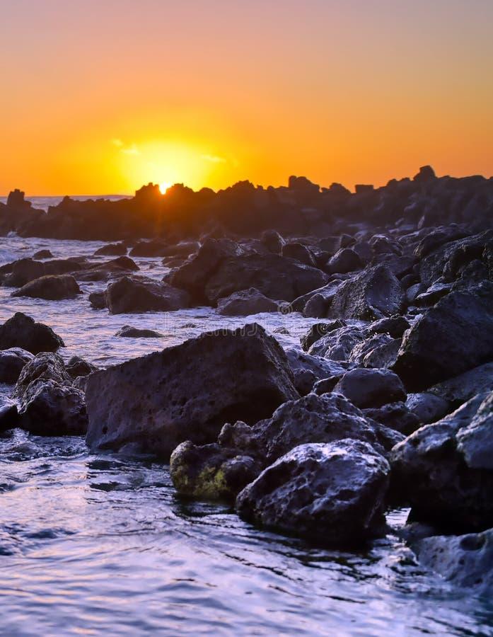 Zachód słońca nad wybrzeżem Kauai, Hawaje fotografia royalty free