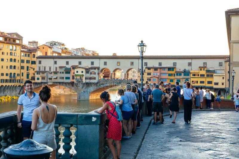 Zachód słońca wzdłuż rzeki Arno, Firenze - Florencja fotografia stock