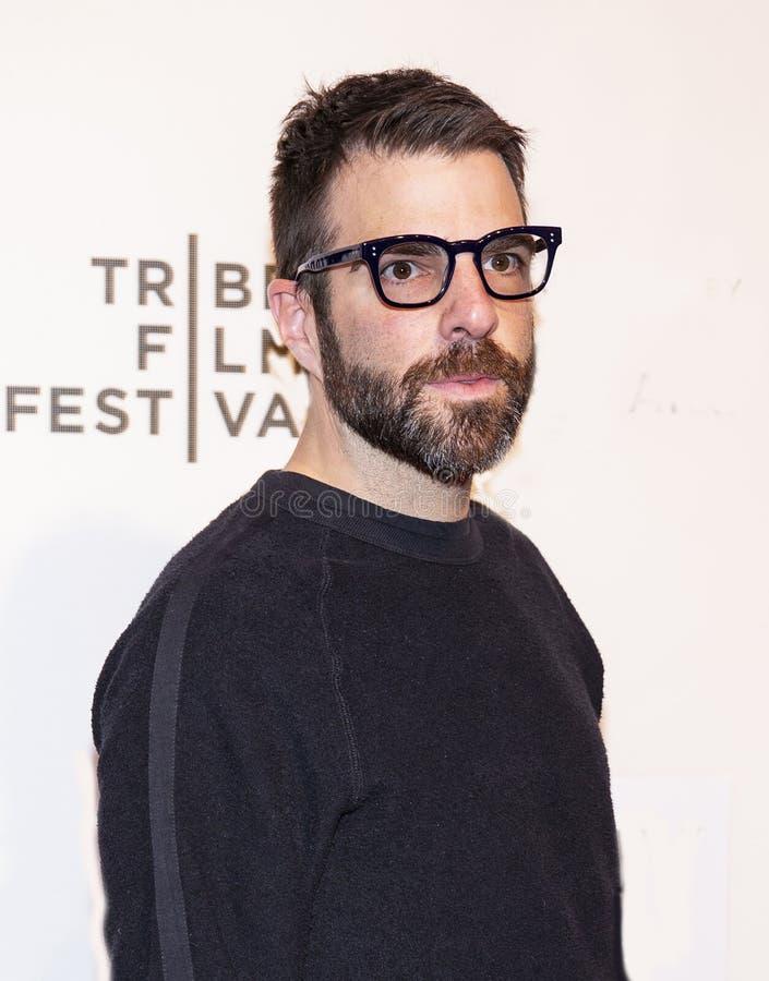 Zachary Quinto på världspremiären av 'igår 'på den Tribeca filmfestivalen 2019 royaltyfri bild