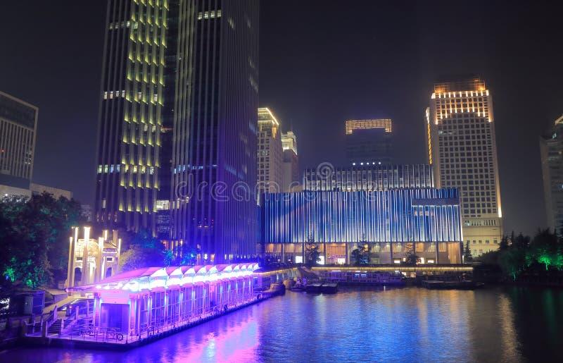 Zachodni jeziorny kulturalnego kwadrata nocy pejzaż miejski Hangzhou Chiny fotografia royalty free