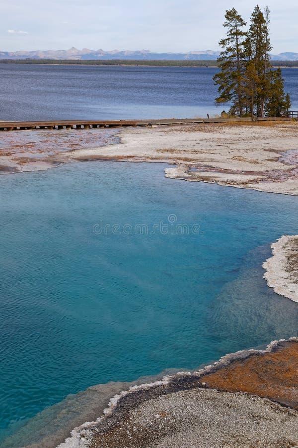 Zachodni Yellowstone jezioro i obrazy stock