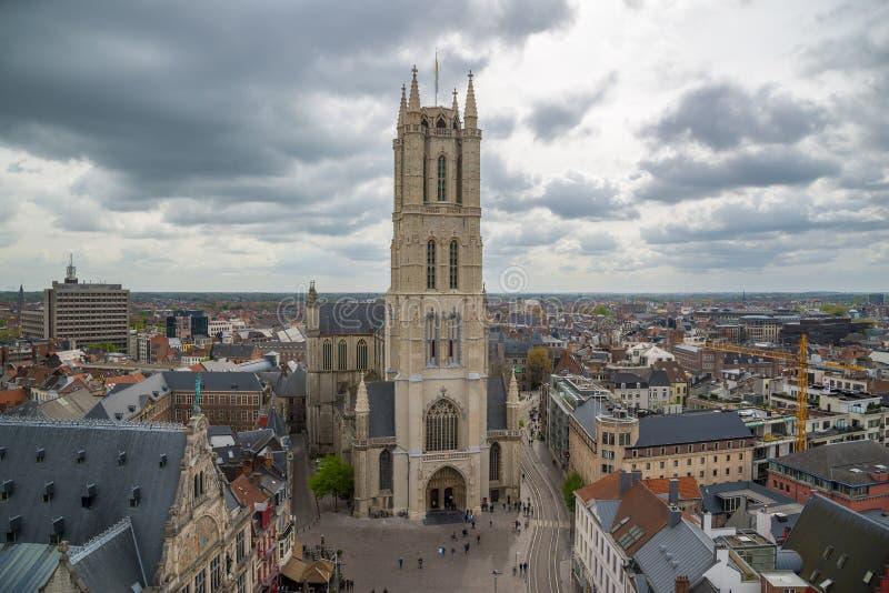 Zachodnia fasada świętego Bavo katedra jest gothic katedrą w Ghent, Belgia zdjęcia stock