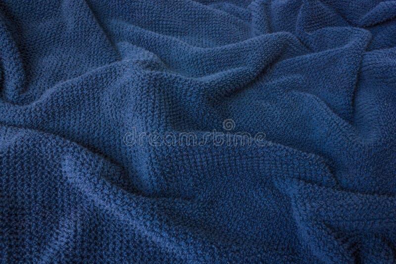 Zachte blauwe handdoekstof die als golven kijken stock foto's