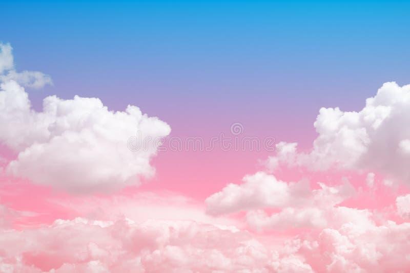 Zachte wolk met kleurrijke hemel voor achtergrondachtergrond royalty-vrije stock afbeelding