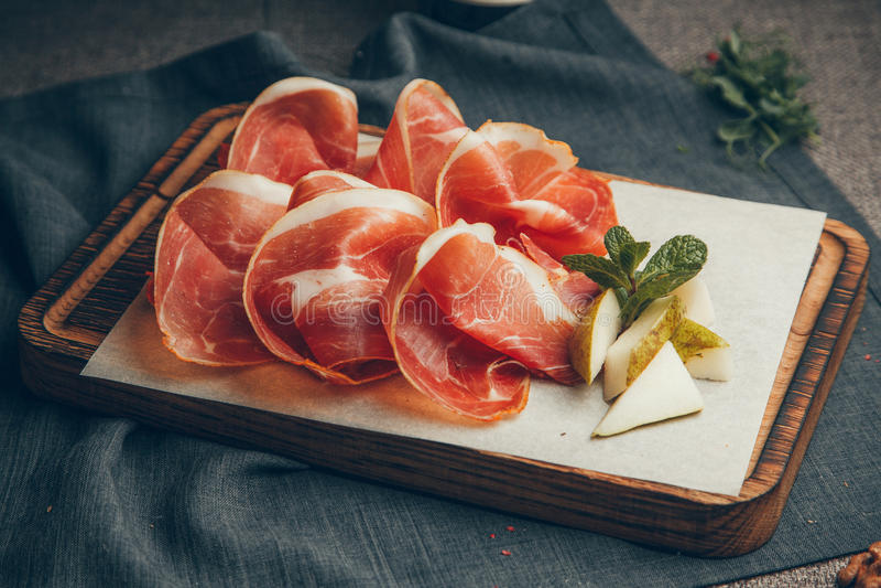 zacznij krojenia mięsa obrazy royalty free
